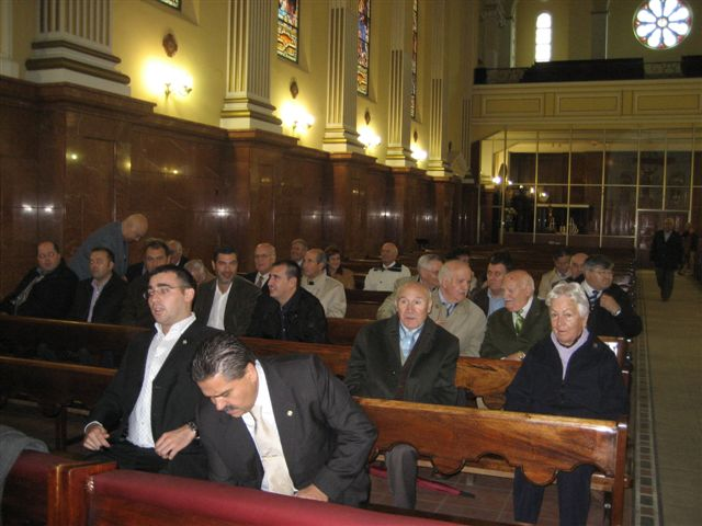 Momento previo a la celebración de la Eucaristía