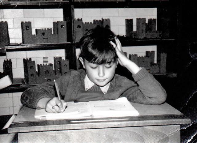 Victor en un momento de estudio